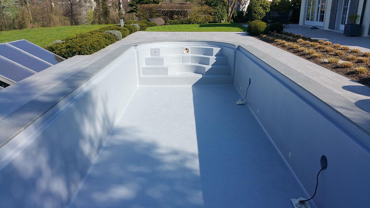 schwimmbad sanierung mit beschichtung oder folienauskleidung ibatec ag. Black Bedroom Furniture Sets. Home Design Ideas